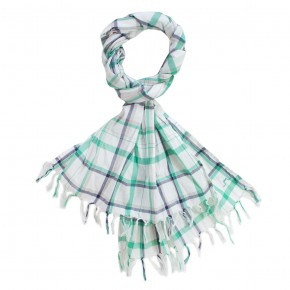Scarf in checks