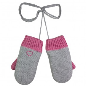 Knit Mittens in Grey and Fuschia