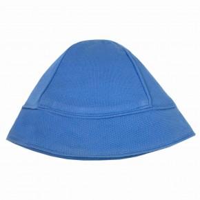 Chapeau bleu en maille piquée
