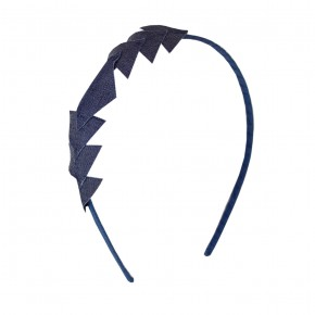 Hairband with triangle applique