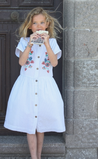 Browse our Chateaude sable girl collection