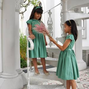 One week to Hari Raya! Be kind to your friends and family, be generous to those in needs and remember to count your blessings💚