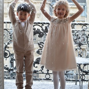 Who said you can't have fun at home? A little snow and great friends are all you need☃️🌨️
